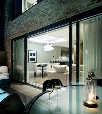 Vitres de sol Flushglaze - Glazing Vision Europe - Berkeley Home