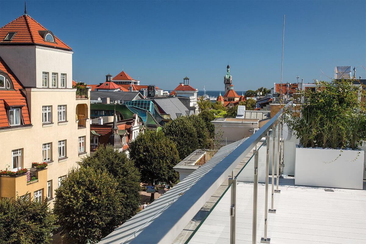 Terrasse sur le toit avec vue sur la Mer Baltique