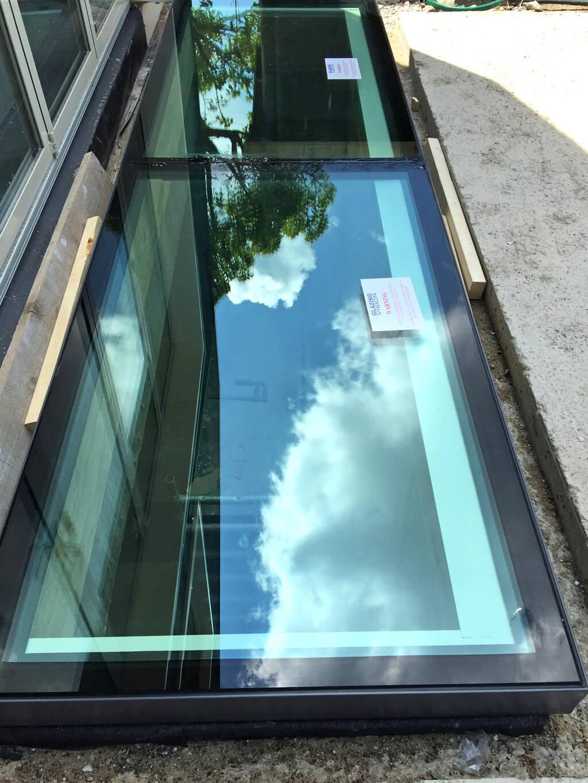 vitres de sol sur 4 costières autour