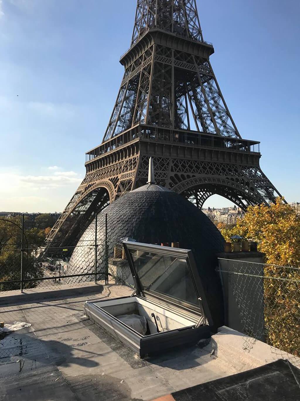 Fenêtre de toit électrique à Paris