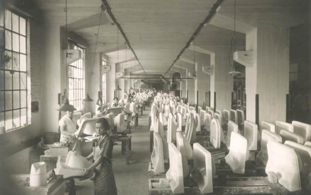 L'Eiffelgebouw à Maastricht est l'ancien bâtiment industriel du fabricant de sanitaires Sphinx.