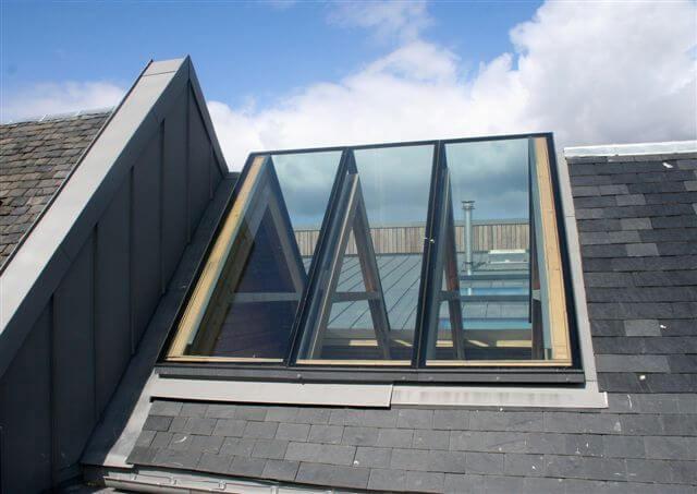 Fen tre de toit d angle pr te glazing vision europe for Fenetre d angle