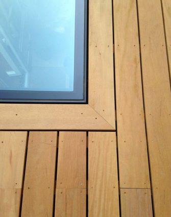 Vitres de sol Flushglaze - Glazing Vision Europe - Terrasse planes sur le toit