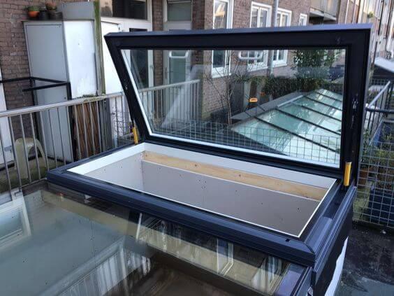 fen tre de toit manuelle skyhatch glazing vision europe. Black Bedroom Furniture Sets. Home Design Ideas