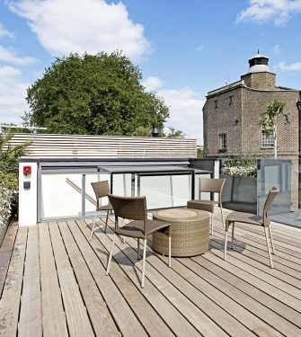 acc s terrasse mural glazing vision europe. Black Bedroom Furniture Sets. Home Design Ideas